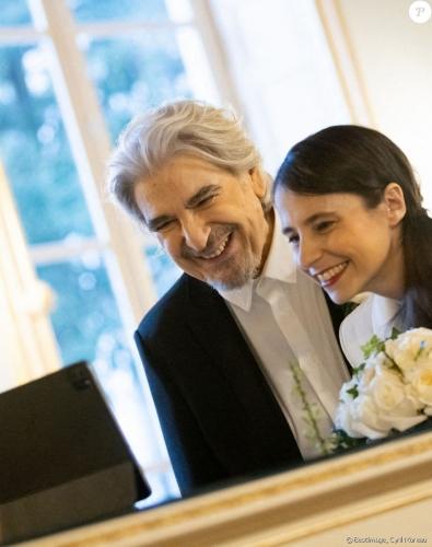 6601471-exclusif-mariage-de-serge-lama-et-luan-950x1200-2.jpg