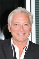 Laurent-Boyer-a-la-conference-de-rentree-de-France-Televisions-le-31-aout-2011_exact1024x768_p.jpg